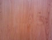 Click Vinyl Plank – Cherry